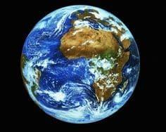 Le Monde et les trois règnes